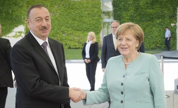 Меркель поздравила Ильхама Алиева