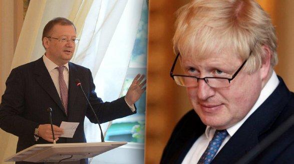 Борис Джонсон отказался пожать руку российскому послу