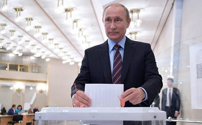 Putin casts his vote in Russian presidential election