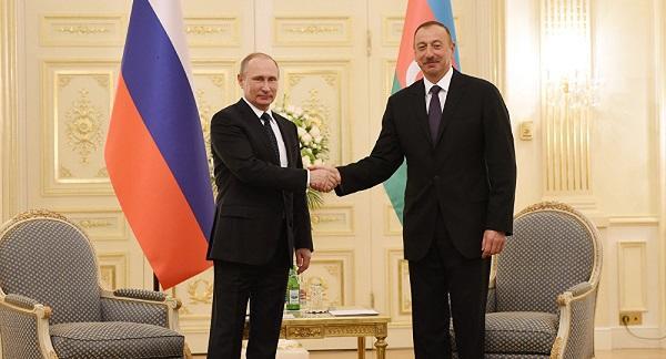 Ильхам Алиев позвонил Путину