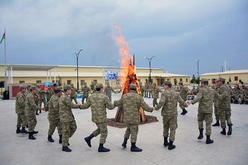 Военнослужащие отметили праздник Новруз - Фото