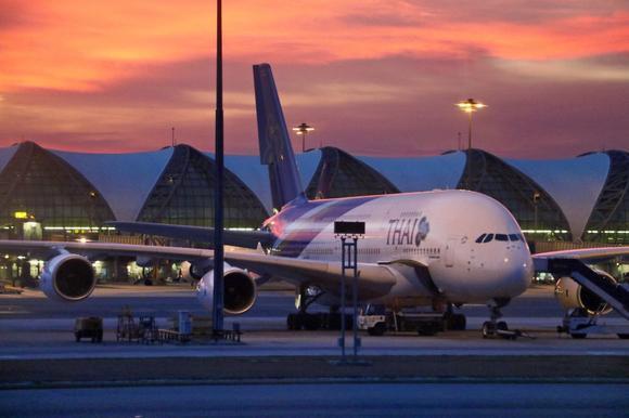 Эта авиакомпания не будет перевозить полных пассажиров