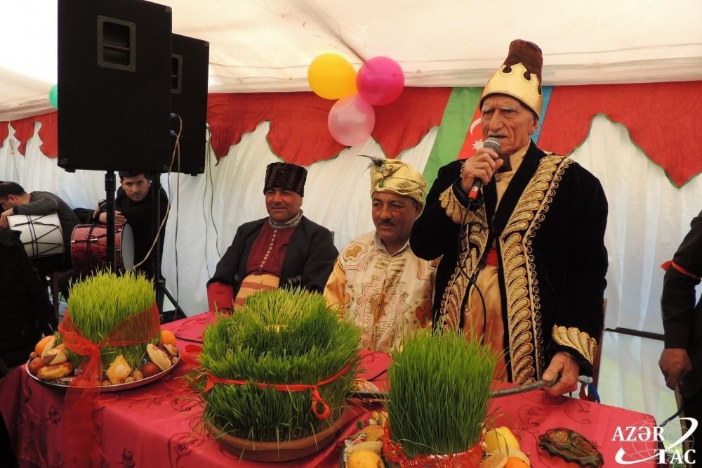 """Bənzərsiz Novruz mərasimi: """"Padşah oyunu"""" – Foto"""