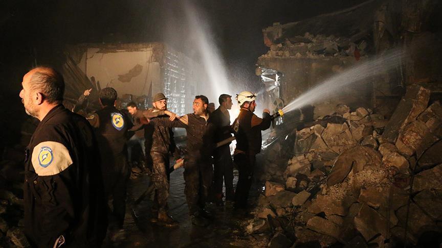 İdlibə hava hücumu: 42 ölü, 72 yaralı - Foto