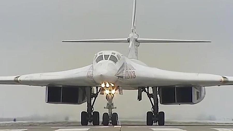 Российский ракетоносец Ту-160 назвали «кошмаром НАТО»