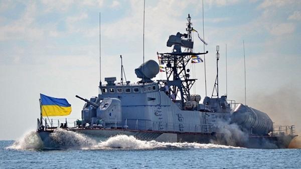 Ukrayna hərbi gəmiləri Krıma yaxınlaşır