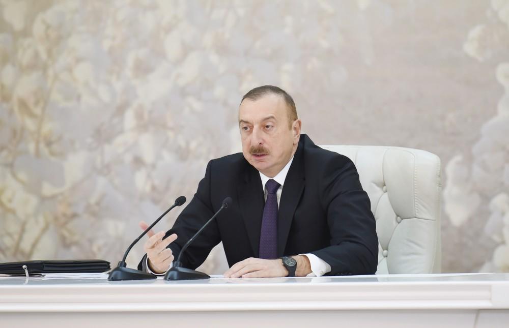 Народ не верит в эту ложь - Ильхам Алиев