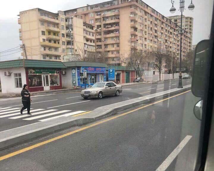 Gəncədə 57 yaşlı qadını maşın vurdu