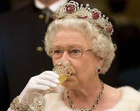 Елизавете II исполняется 92 года