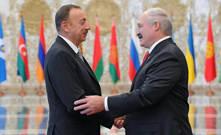 İlham Əliyev Lukaşenko ilə görüşdü
