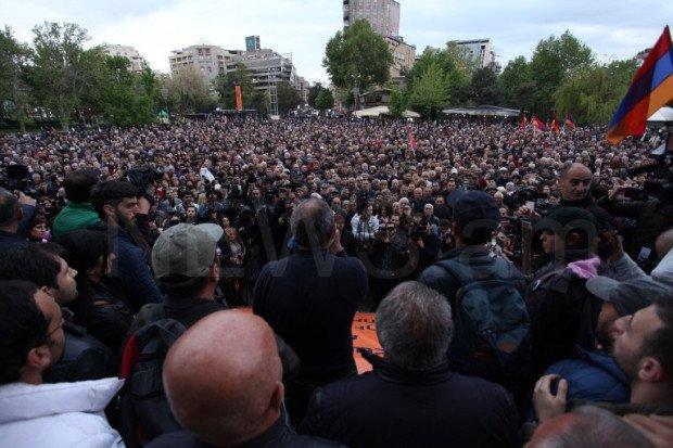 A rally in support of Gasparyan is being held in Yerevan