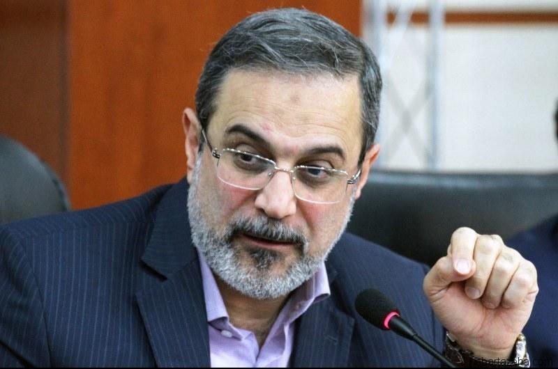 ایراندا ایکینجی دیل تدریسی: آذربایجانلیلار اعتراضا باشلادی