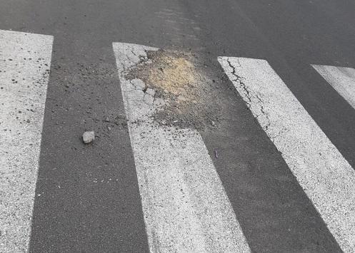 Bakıda yeni salınan yol çökdü - Foto