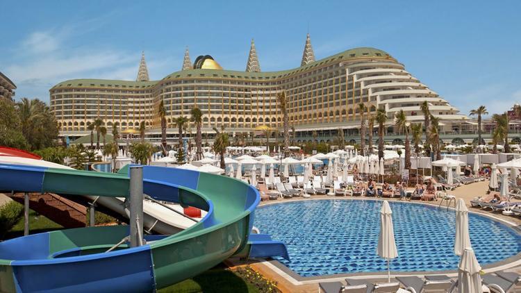 Türkiyənin məşhur otel sahibləri həbs edildi