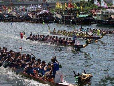 """Столкновение """"драконовых лодок"""": погибло 11 человек"""