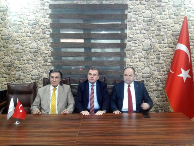 Türkiyədə seçkilərə görə 3 partiya birləşdi