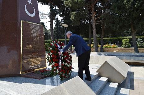 Türklər Azərbaycanda həyatları bahasına... - Foto