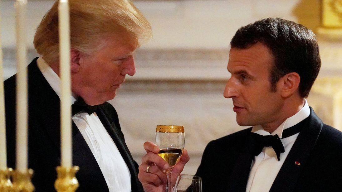 Трамп дал первый госужин - в честь Макрона - Видео