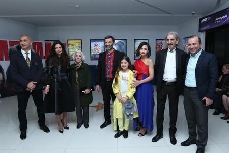 """""""Qurdlar vadisi""""nin aktyoru Bakıda - Foto"""