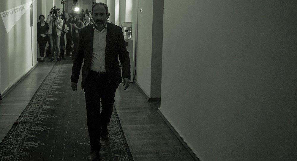 Paşinyan İrana niyə gedir? – Tehrandan yeni xahiş...