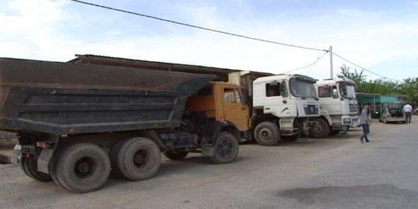 """Siyəzəndə """"KamAZ"""" aşdı: Sürücü öldü"""