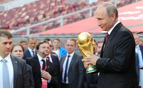 Putin diplomatik qollar atır - CNN
