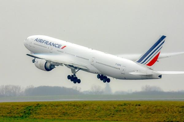The French plane made an emergency landing in Sofia