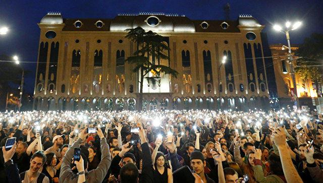 Tiflisdə mitinq başa çatdı: Hakimiyyət geri çəkildi