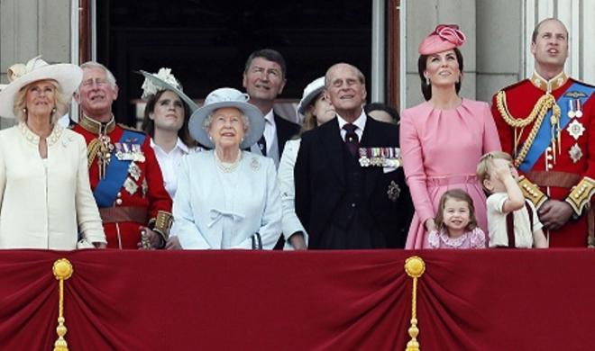 Anti-Royalists liken Harry and Meghan to Kardashians