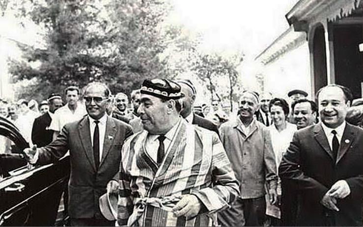 Как в 1982 году на Брежнева упал самолет