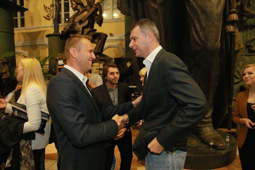 Прохоров подал иск к Навальному на один рубль