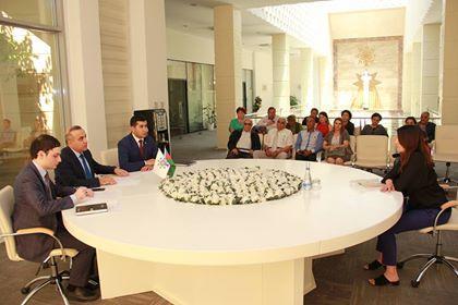 Azay Quliyev seçicilərini qəbul etdi – Foto