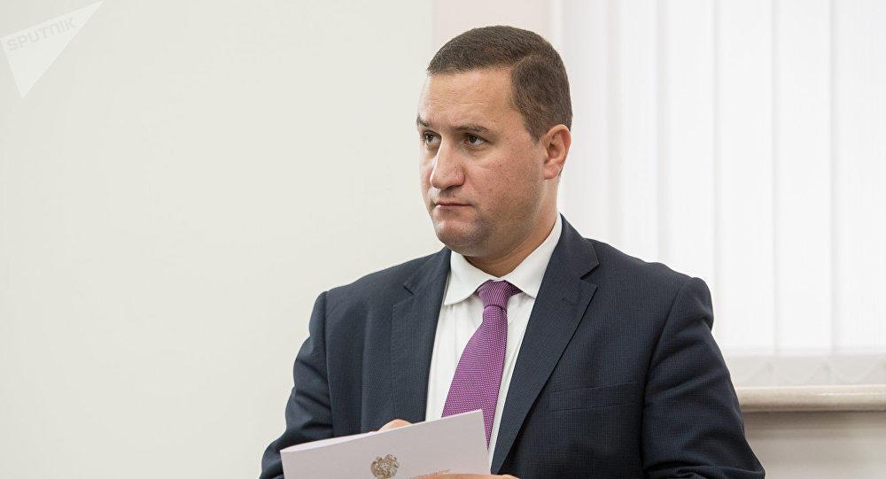 Армения настаивает на участии сепаратистов в переговорах