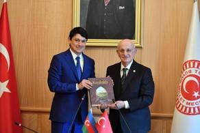 Türkiyəli spiker: Qarabağ bizim milli məsələmizdir