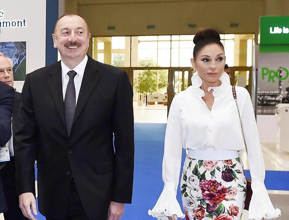 İlham Əliyev və xanımı beynəlxalq sərgidə - Foto