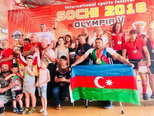 Dünyada ilk: paralimpiyaçımız sağlamlarla yarışdı və…