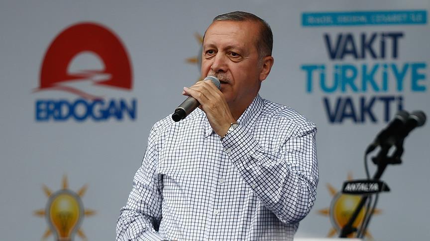 Ərdoğan xəstəxanadan çıxdı: Ankaraya gedir