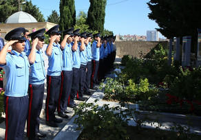 Mübariz İbrahimovun məzarı ziyarət edildi - Foto