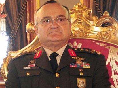 Ağ Evdə fırtına qoparan türk generalın üzücü aqibəti
