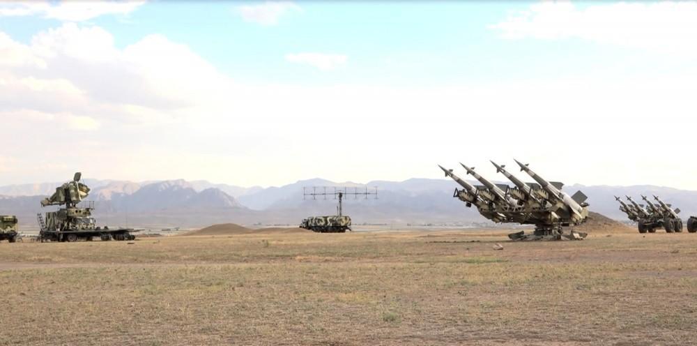 Ən çox hərbiləşmiş ölkələr: Azərbaycan neçəncidir?