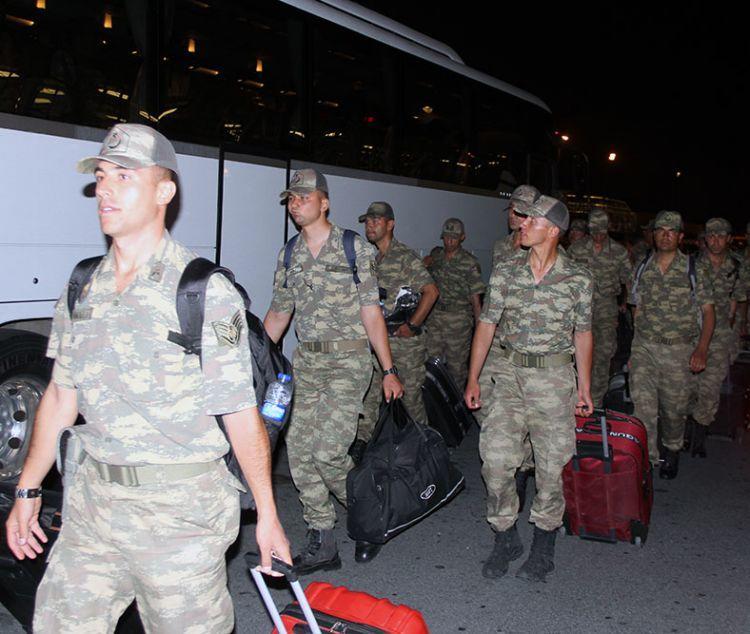 Türkiyənin 100 hərbçisi Bakıda - Fotolar