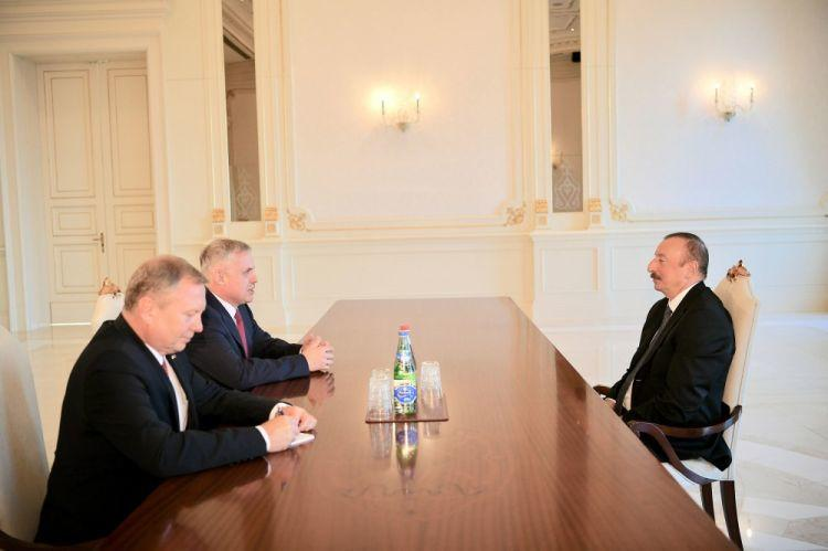 İlham Əliyev Belarusun dövlət katibini qəbul etdi