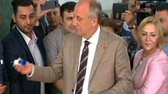 """""""Poqonunu sökəcəyi"""" generalın kəndindən İncəyə - Cavab"""