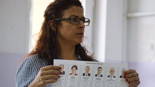Наблюдатели не выявили нарушений на выборах в Турции