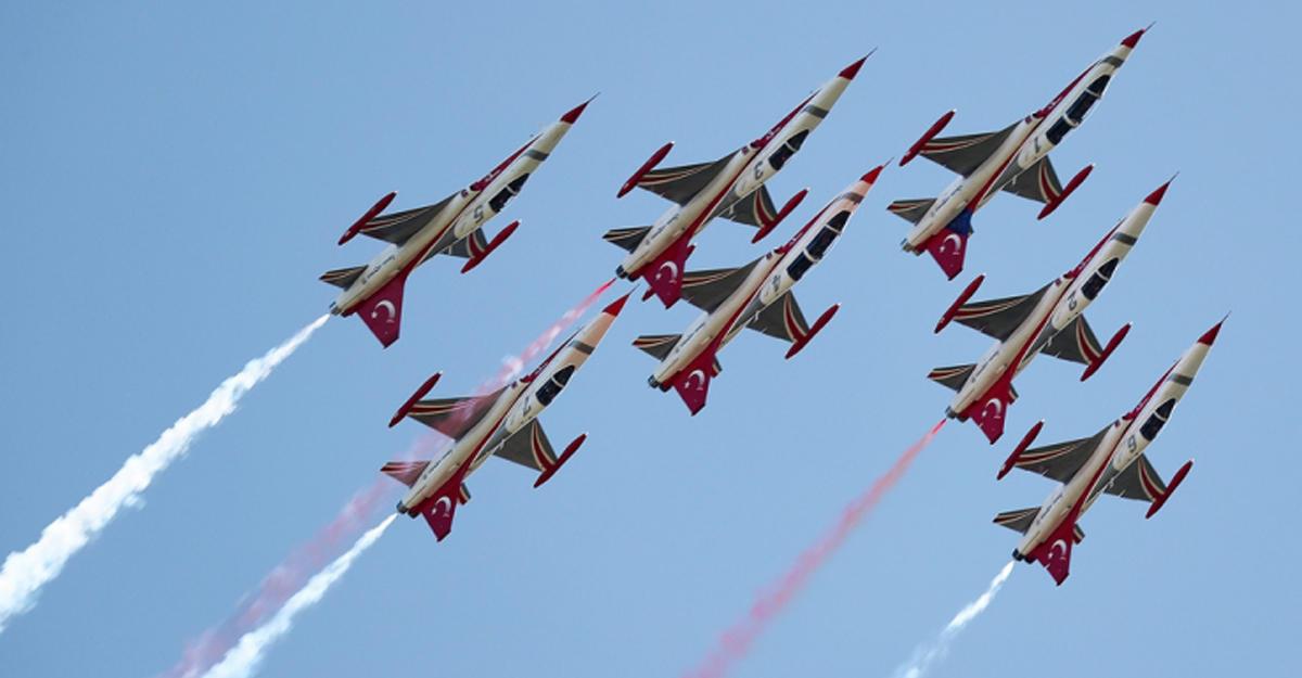 В небе над Баку состоятся полеты «Турецких звезд»