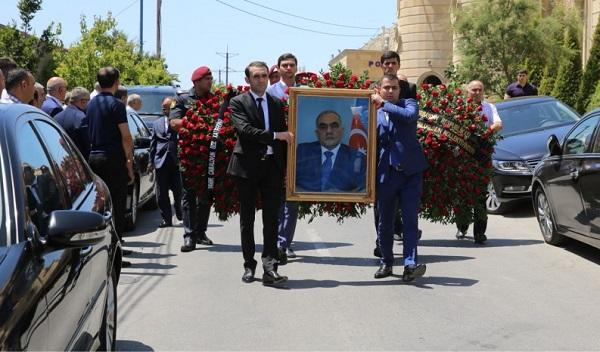 Министр Явер Джамалов предан земле - Фото