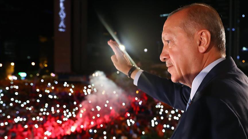 اردوغان: تورکییه دموکراتییانین شرفینی خلاص ائتدی
