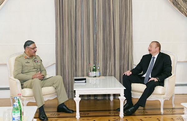 İlham Əliyev pakistanlı generalla görüşdü