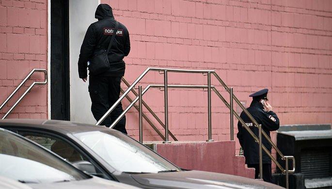 Мужчина, захвативший детей в Петербурге, сдался полиции