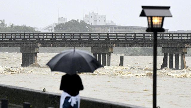 В Южной Корее из-за ливней погибли 12 человек